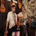Nghe nhạc Mp3 LK Sến 1: Cô Hàng Xóm, Nhớ Người Yêu mới online