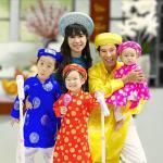 Nghe nhạc Mp3 Mẹ Mang Xuân Về (Single) về điện thoại