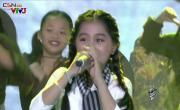 Xem video nhạc Gần Lắm Trường Sa Cô Gái Mở Đường (Live) hay nhất