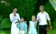 Tải nhạc hình Liên Khúc: Như Một Hòn Bi Xanh; Em Là Hoa Hồng Nhỏ; Đời Không Già Vì Có Chúng Em (Live) về điện thoại