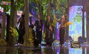 Tải nhạc hình Liên Khúc: Xuân Chiến Khu; Bài Ca May Áo; Chiếc Xuồng Quê Hương (Live) online