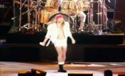 Tải nhạc We Will Rock You (Live Freddie Mercury Tribute Concert 1992) Mp4