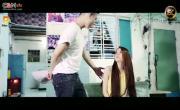 Tải video nhạc Anh Chỉ Yêu Em Tạm Thời Mp4